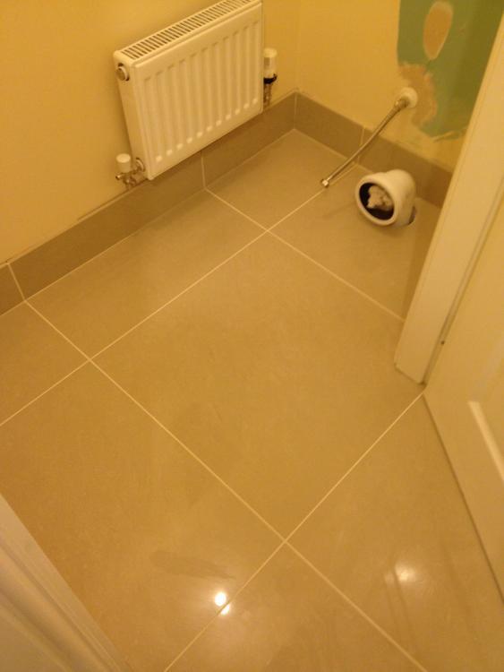 Tiled Skirting Upstands Floor Tiles Amp Tiling Buildhub