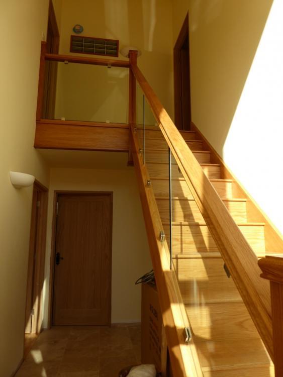 Staircase.thumb.JPG.04c9321441985bbd6aa20c99e442c750.JPG