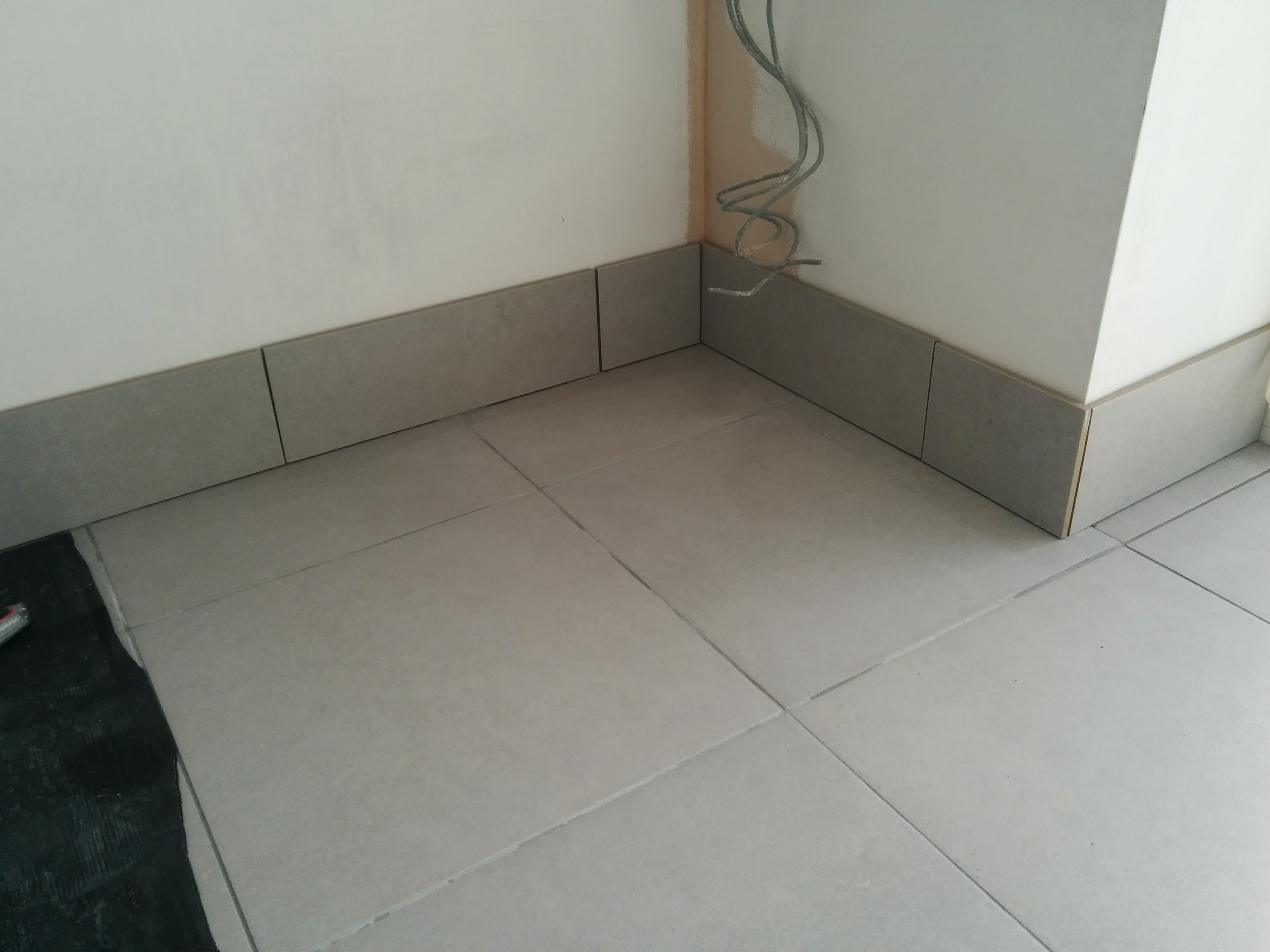 Assessing the quality of a laid tile floor floor tiles tiling img20170305115652umbg5ea400b94cfbaf180ff52e92747ba078g dailygadgetfo Images
