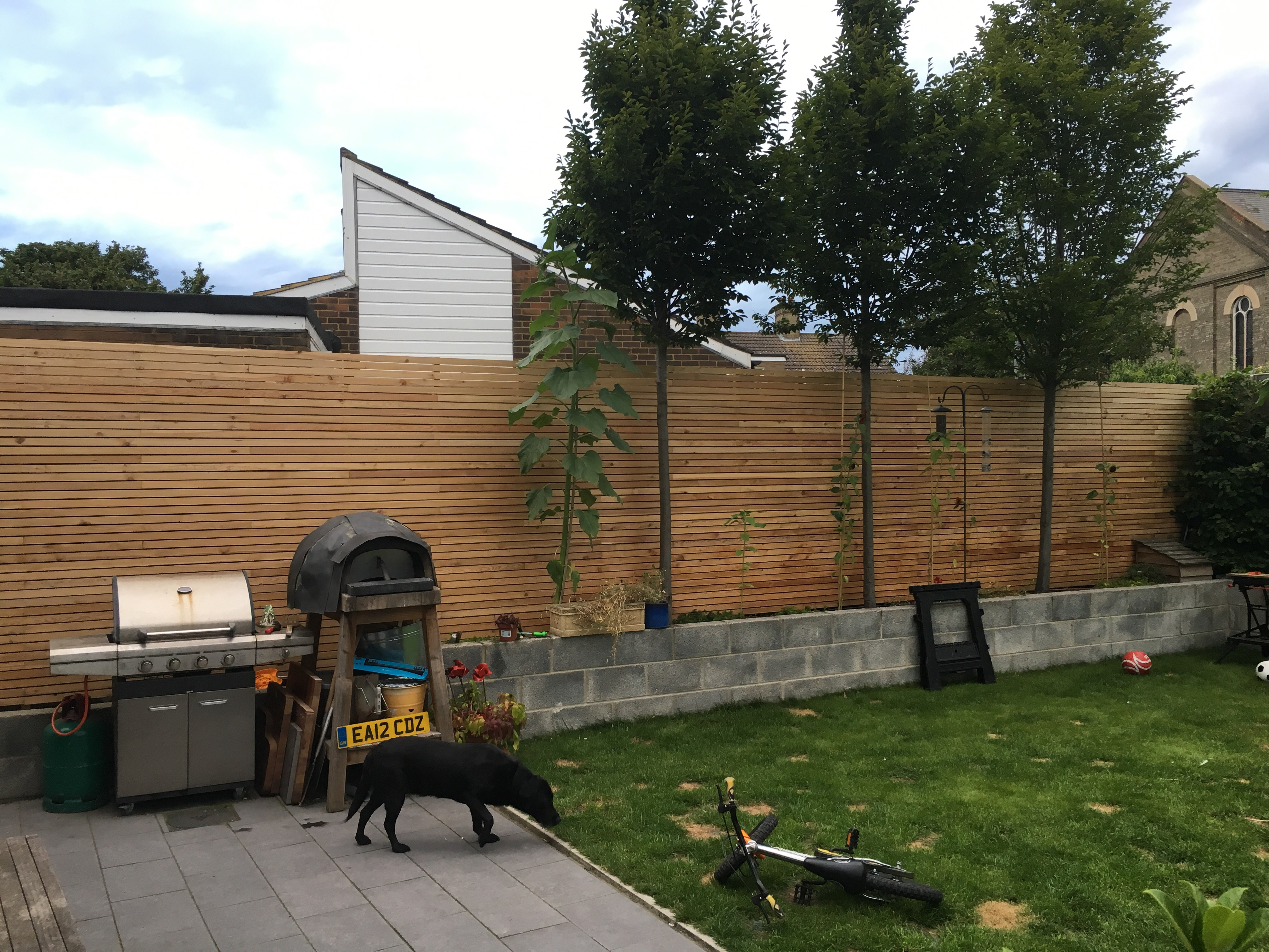 Contemporary slatted sceen how it attach to existing fence imageg baanklon Choice Image