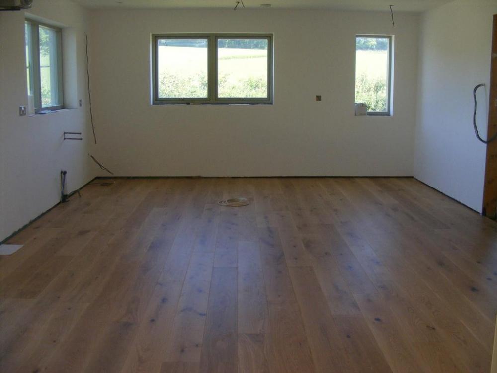 oak_floor_2.thumb.jpg.b4f7842e4dd50e46e32eae1f6fb3abb8.jpg