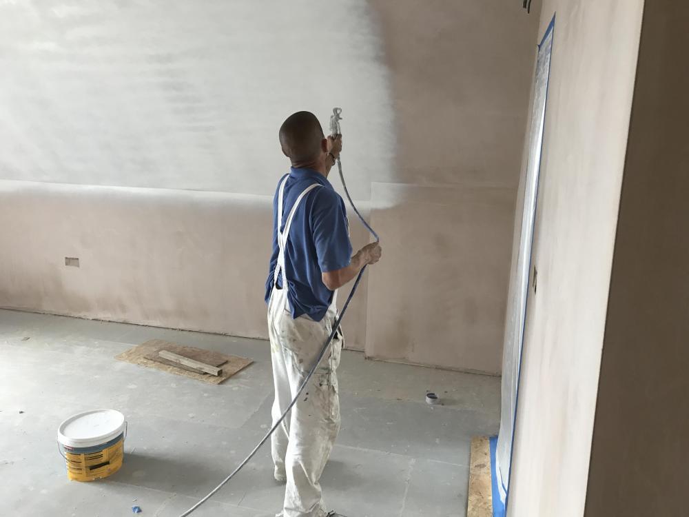 Spray painting 2.JPG