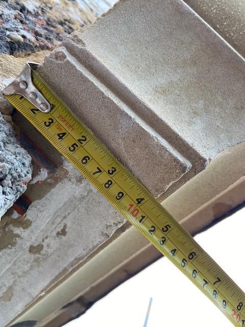 parapet corner front2.jpg