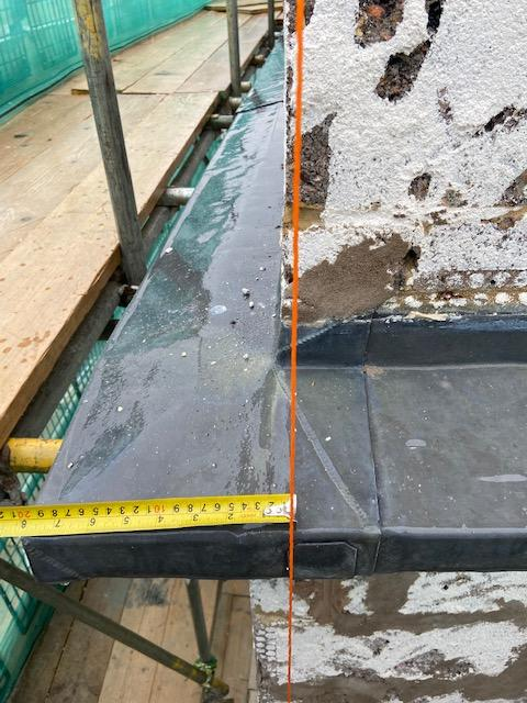 parapet wall out1.jpg