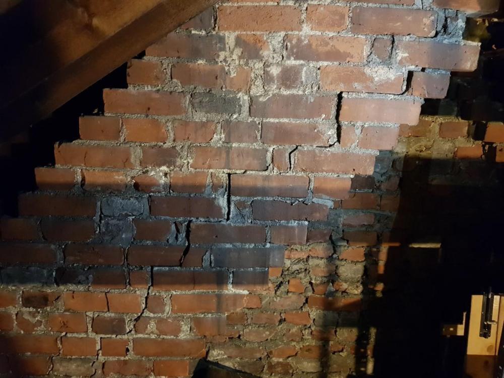 wall.thumb.jpg.346bb90745aaa28855c6ab80920387cb.jpg